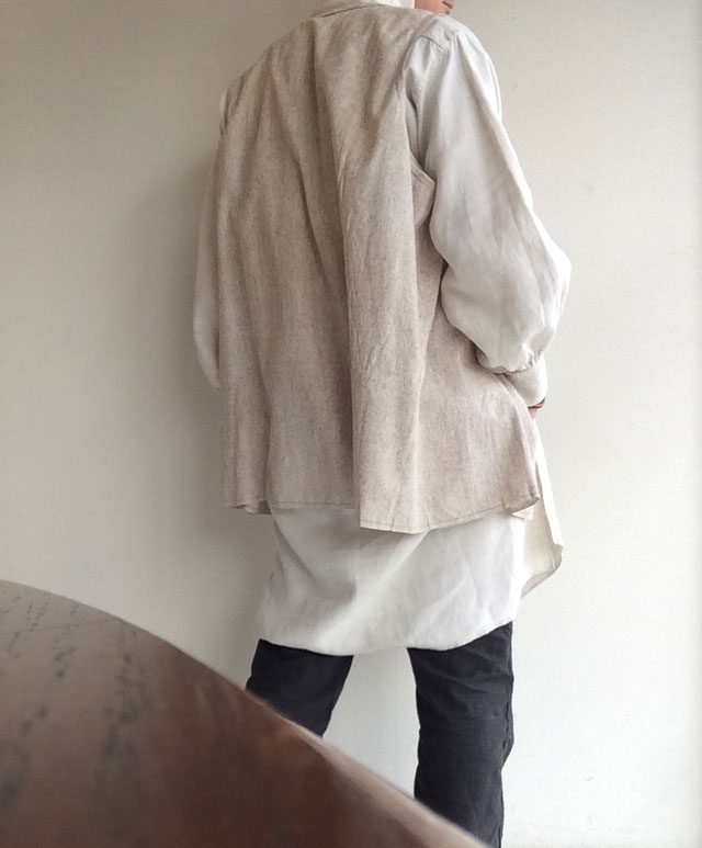 フランスアンティークリネンのスモックシャツ