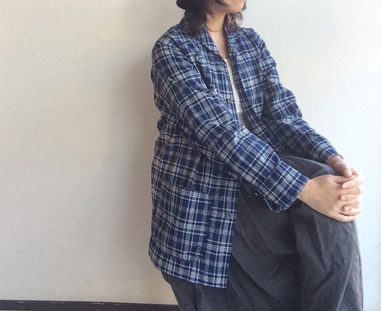 workers青チェックシャツ