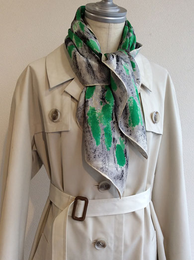 1980's Vintage French Spring Trench Coat Ivory