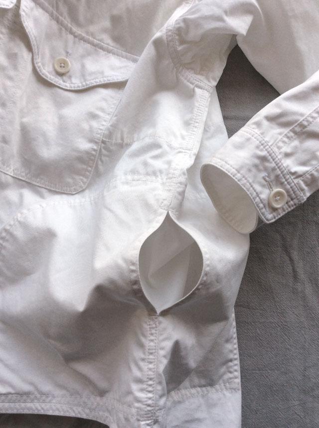 DjangoAtourプルオーバージャケット白