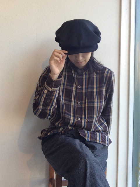worques cap heavylinen blackモデル着用画像