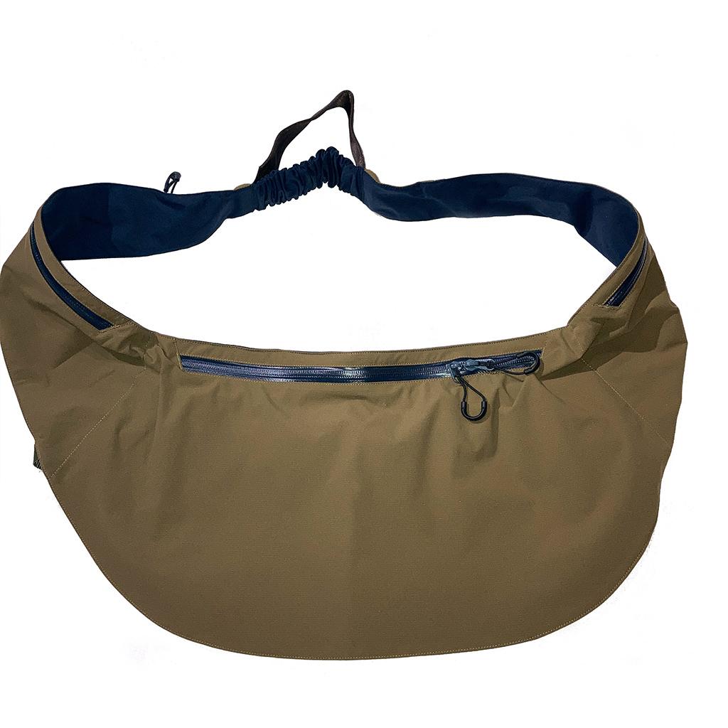CMF たすきバッグ