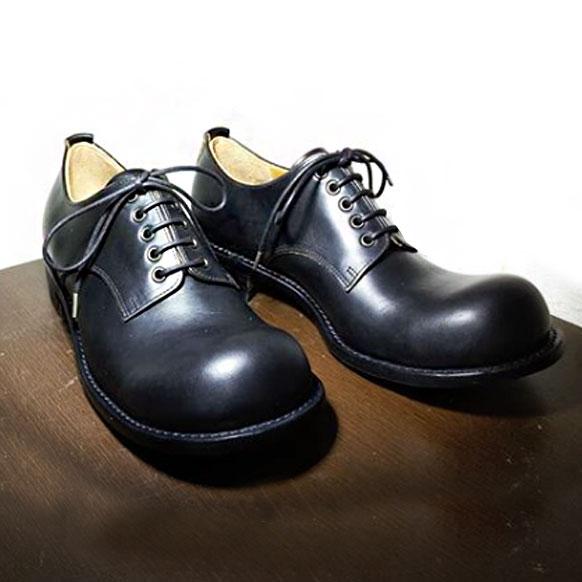 ヒラキヒミおでこ靴チャーリー