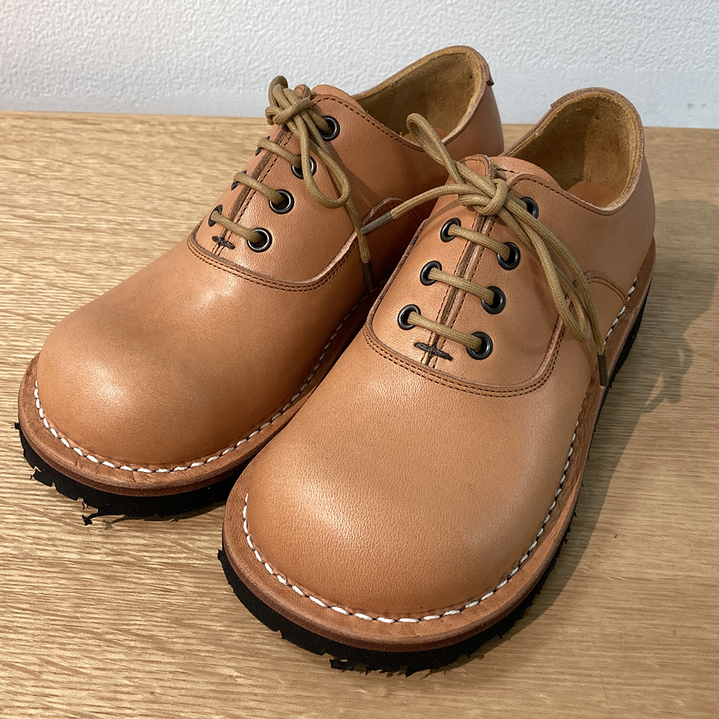 ヒラキヒミおでこ靴cobato